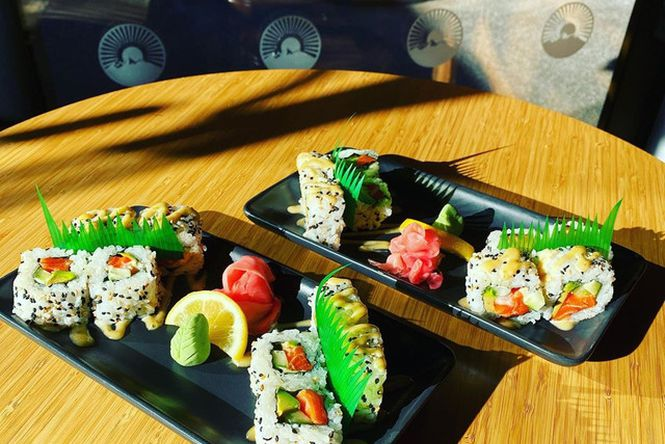 Sushi on plates at Piku.