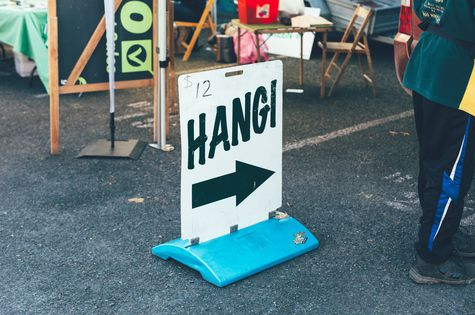 Sign for a hangi.
