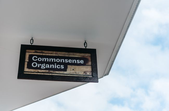Front sign of Commonsense Organics.