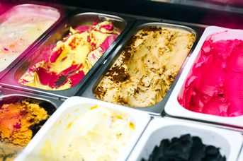 Array of ice cream flavours at Duck Island (Riverbank Lane), Hamilton.