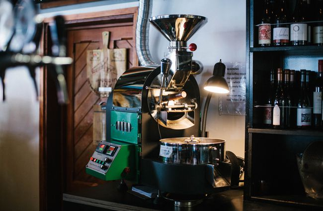 The Micro Roaster Behind Bar