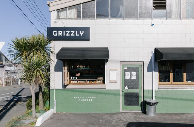 Grizzly Baked Goods shopfront.